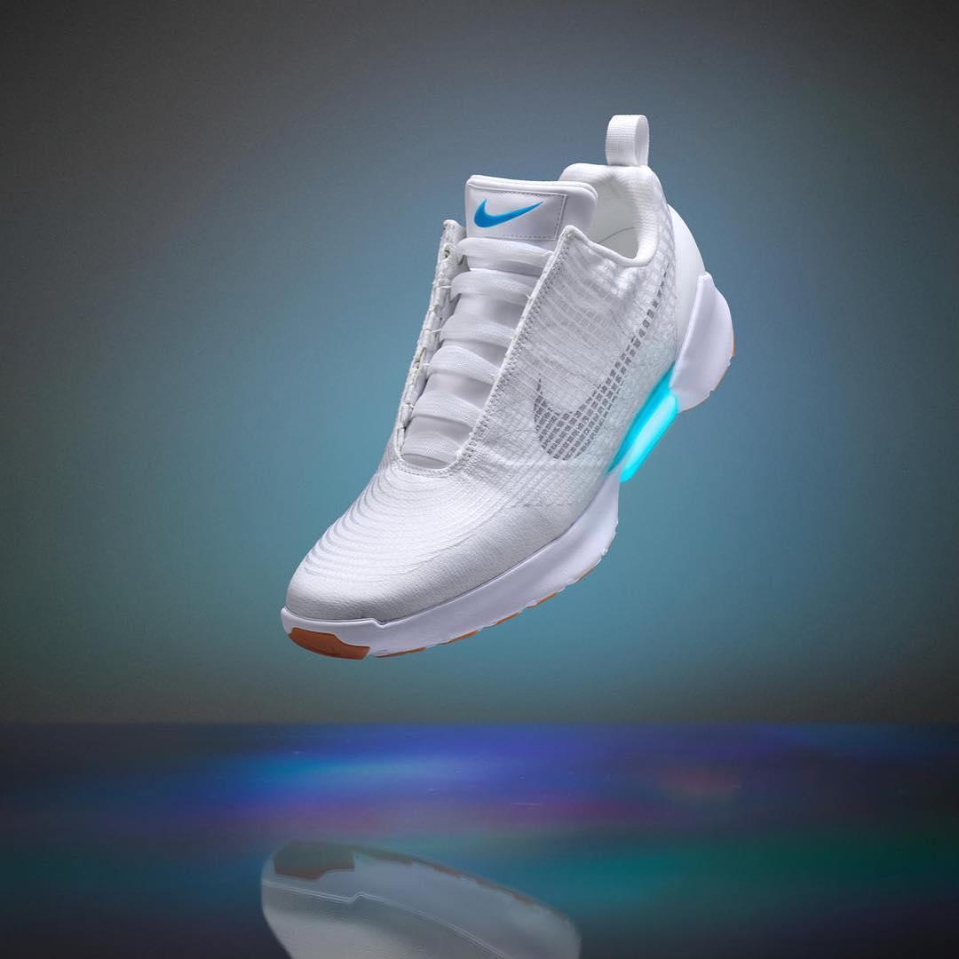 Nike Hyperadapt 1.0. Release confirmado: 28/11. Más información en el link de la bio.