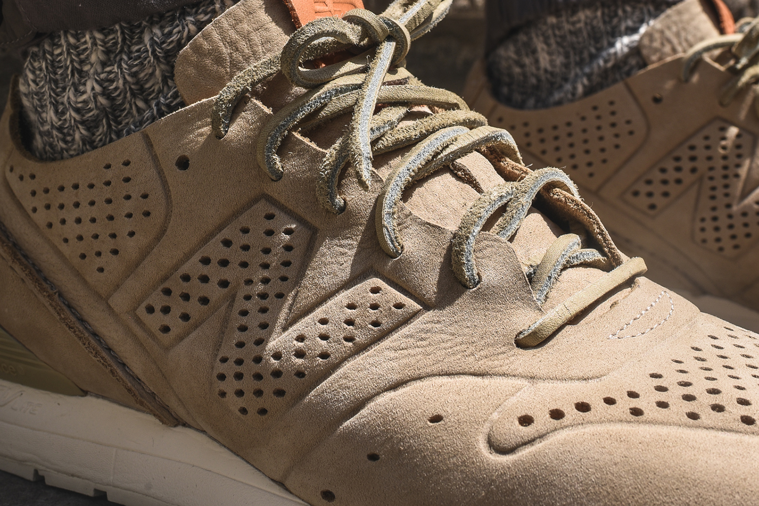 kith-new-balance-deconstructed-mrl696-re-release-04