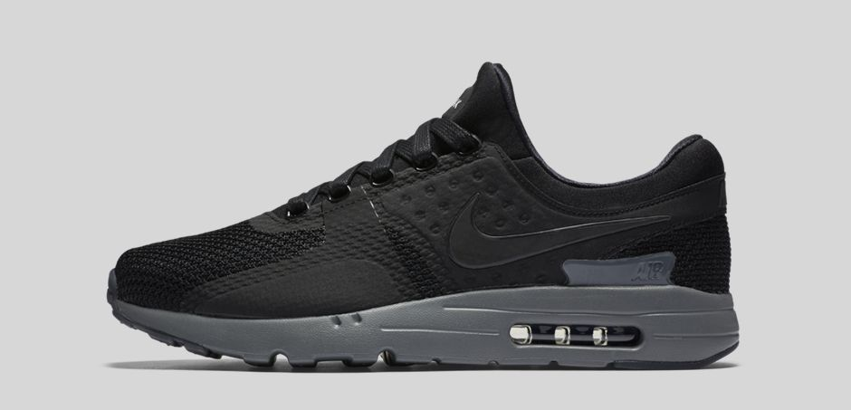 NIKE-AIR-MAX-ZERO-BLACK-LATERAL